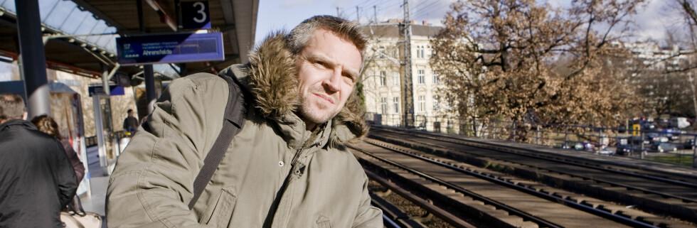 Hvor blir det av toget? Ny reisegaranti skal gi deg kompenasasjon ved forsinkelser. Foto: Colourbox