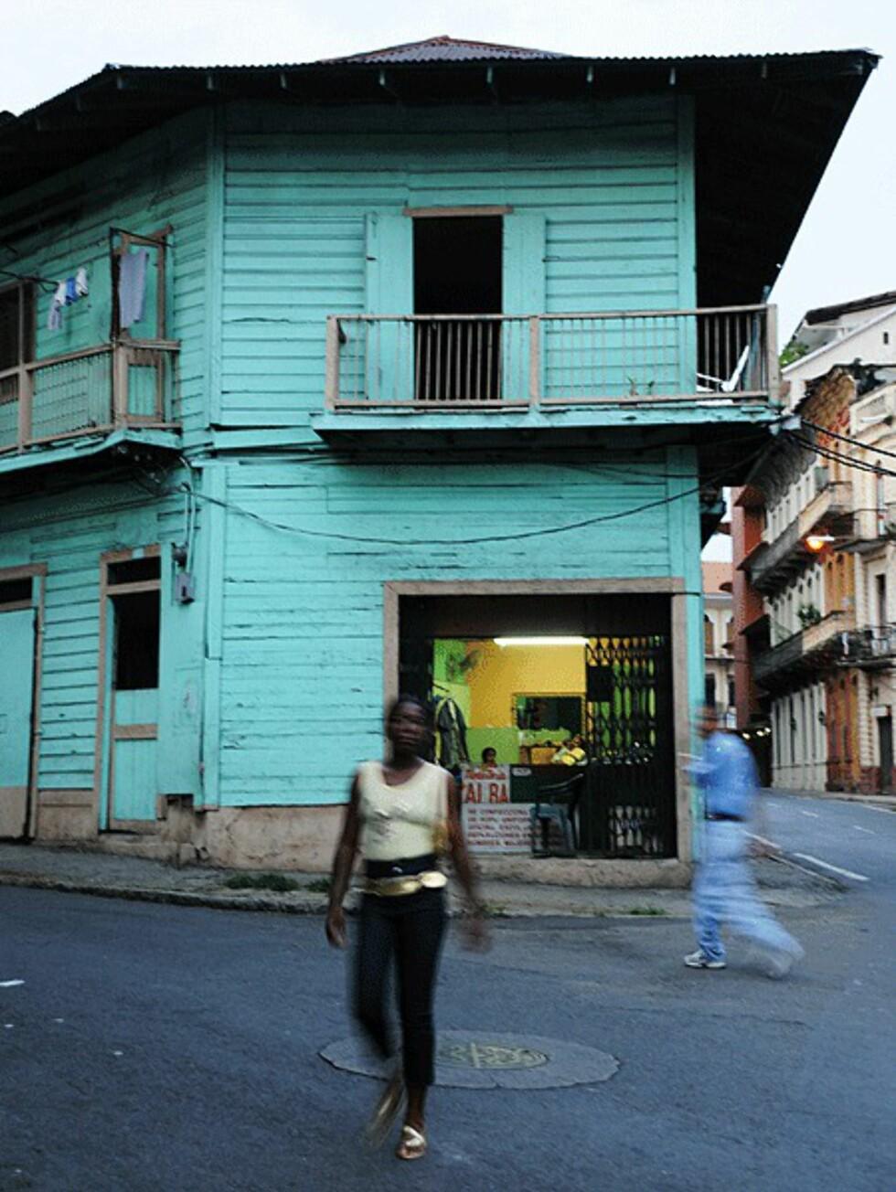 Bydelen Casco Viejo i P.C minner mye om Havanas bakgater. Spennende om dagen, men ikke like trygt om kvelden og natten.  Foto: Hans Kristian Krogh-Hanssen