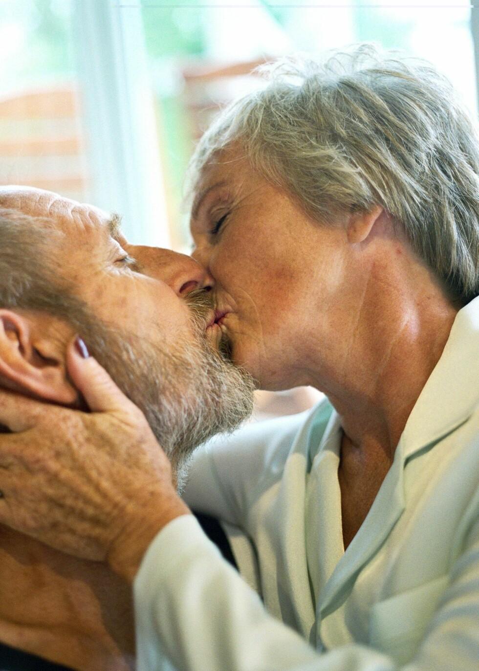 Et menneske på 70 år har i snitt brukt 76 hele dager på å kysse. Illustrasjonsfoto: Colourbox Foto: Illustrasjonsfoto: Colourbox