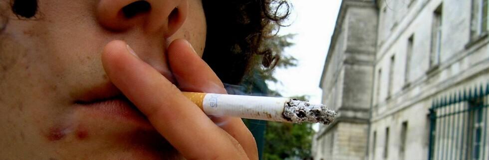 Ungdom i familier med  dårlig økonomi, røyker mer enn annen ungdom.   Foto: Colourbox