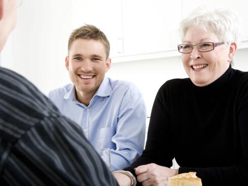 Ta en sosial lunsj og snakk om helgens planer. Foto: Colourbox.com