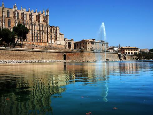 Palma de Mallorca er en flott by å dra på storbyferie til. Foto: Simona Dumitra