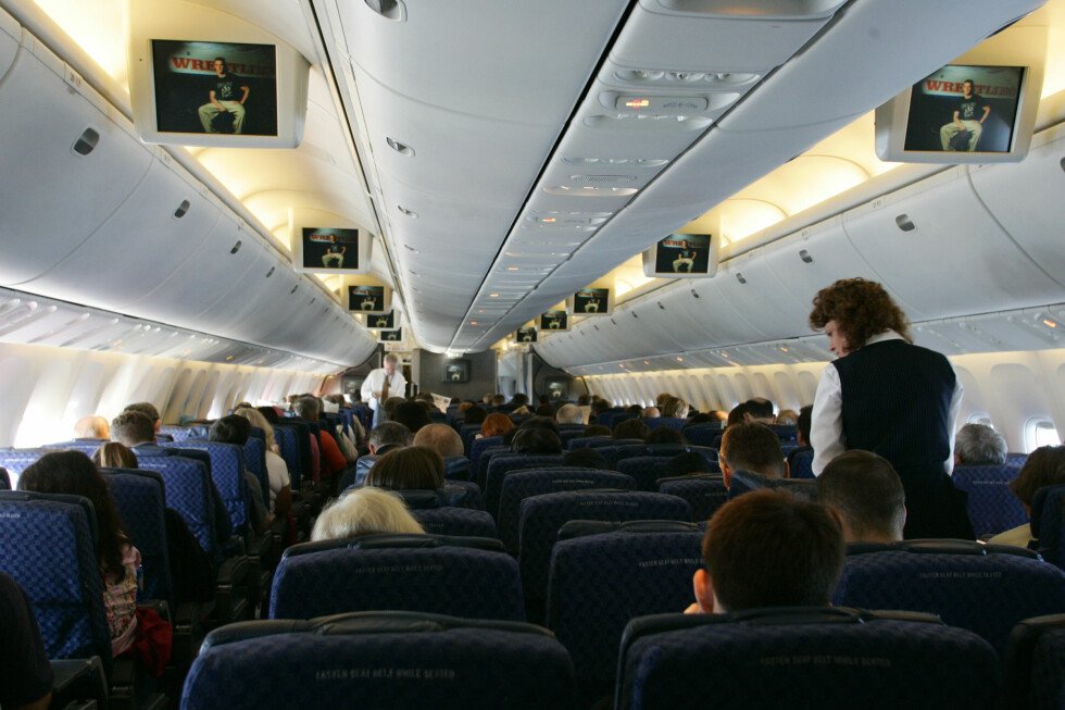Turbulens kan lett oppstå, og noen ganger svært kraftig. Derfor bør passasjerer alltid være fastspent under flyturen. Illustrasjonsfoto: Colourbox
