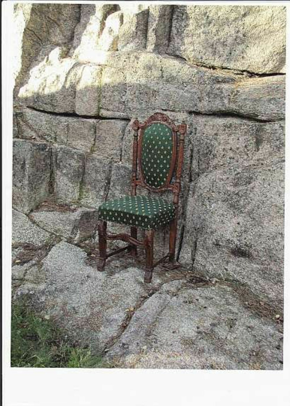 Skammekroken er ikke lenger i bruk. Vi selger stolen til høystbydende.  Foto: Faksimile: Finn.no