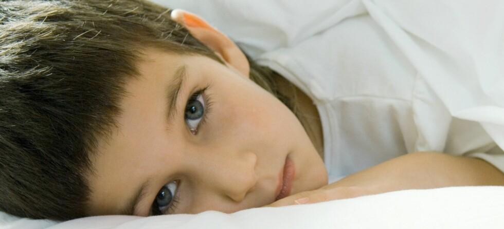 Det er ikke bestandig lett å vite om barnet virkelig er sykt, eller om det bare har lyst til å være hjemme...  Foto: colourbox.com