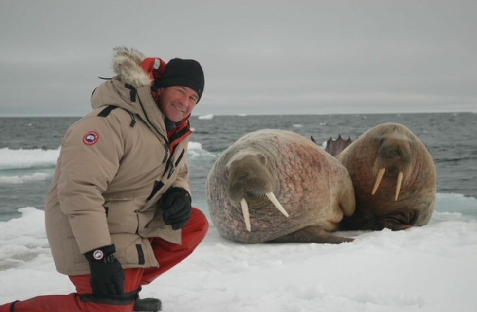 Nigel Marvens er først ute i HD-signaler med sin serie fra arktisk Canada. Foto: TV Norge