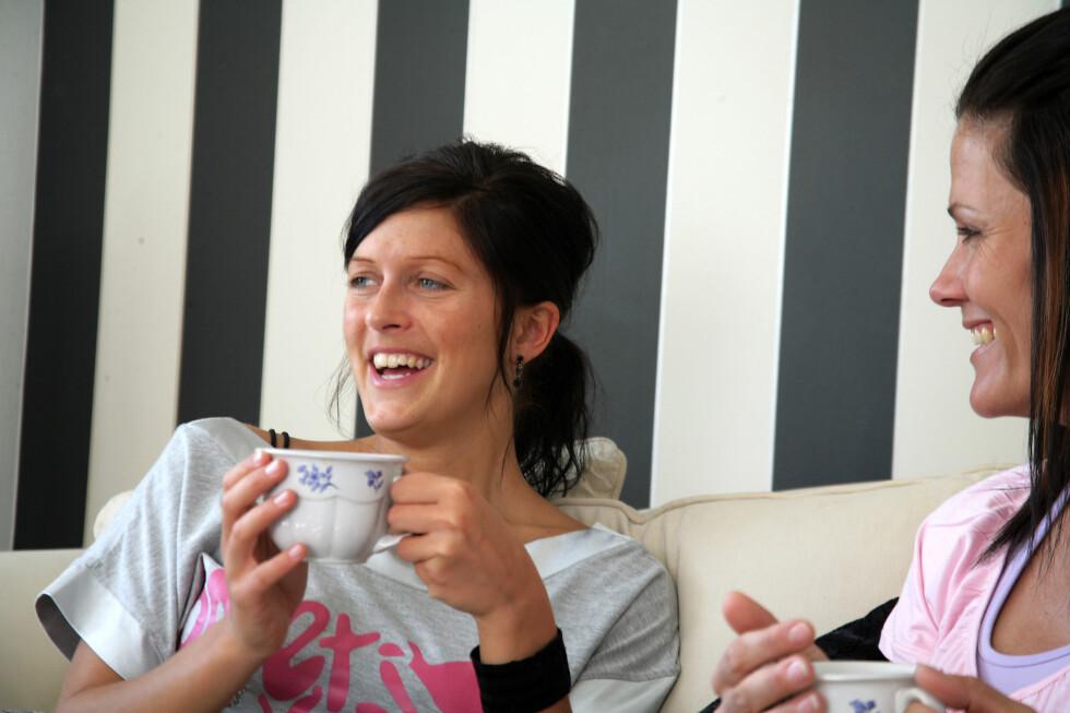15 minutter med latter hver dag, tilsvarer et økt kaloriforbruk på 14.600 kalorier per år. Foto: Colourbox