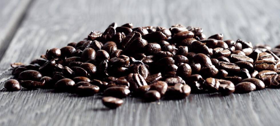 Kaffe er viktig hverdagstilbehør for de fleste av oss, men hvor viktig? Det kommer nok an på prisen ...Illustrasjonsfoto: Colourbox