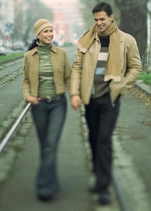 Du kan få napp på gaten hvis du utstråler glede og åpenhet, hevder sexolog.  Foto: colourbox.com