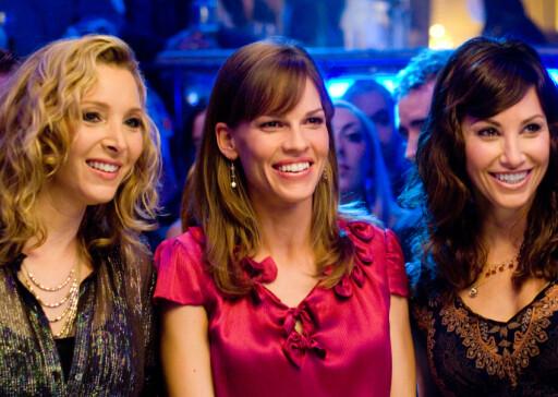 Hilary Swank (midten) er en hot aksje på Hollywood-børsen for tiden. Foto: Filmweb.no