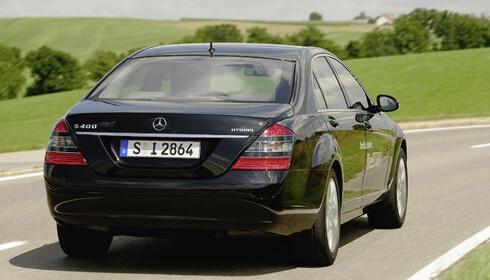 Store bilder av Mercedes' hybrid