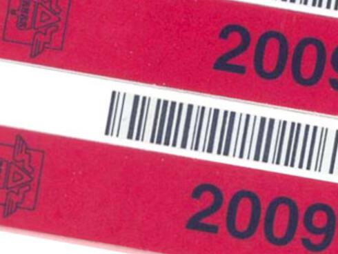 Uten dette røde merket på skiltene, går du en utrygg bilhverdag i møte.