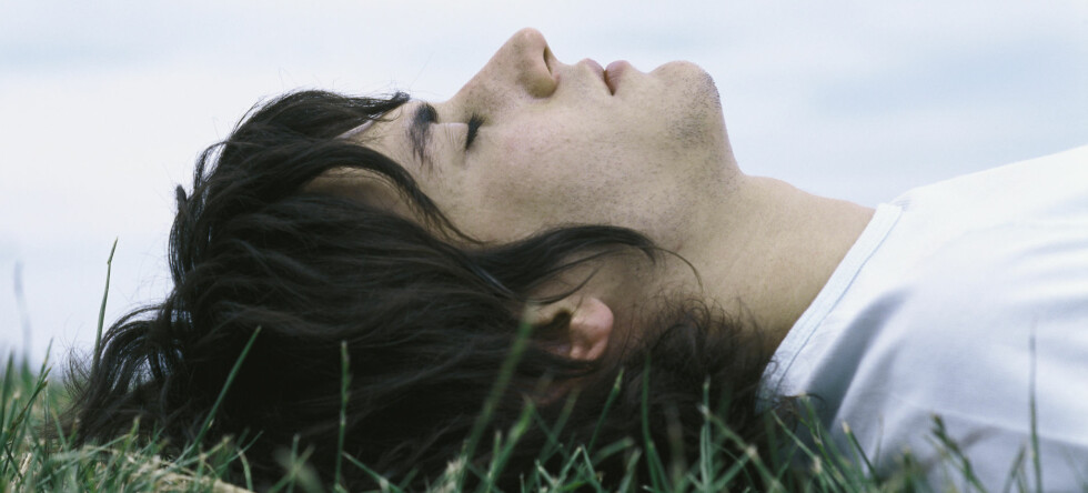 Ungdom besvimer med vilje, for moro skyld. Foto: Colourbox