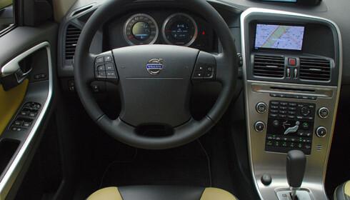 Store bilder av nye Volvo XC60