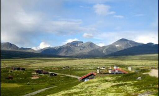 Rondevassbu er en av hyttene du kan bo på dersom du vil vandre i Rondane. Foto: Rondvassbu