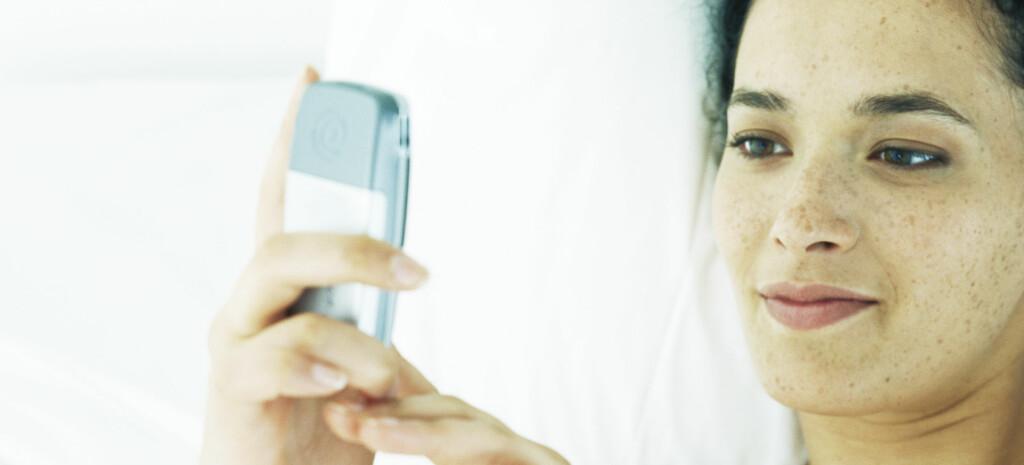 Med noen enkle huskeregler kan du bli en god SMS-flørter.  Foto: colourbox.com