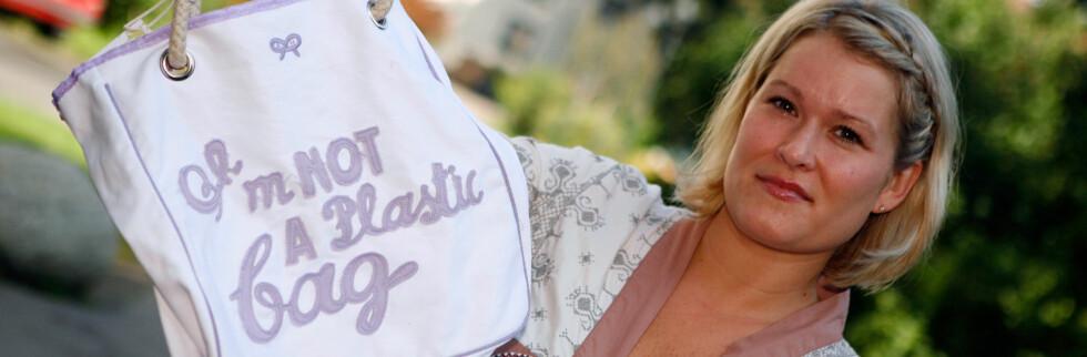 Linda Cecilie Nylend fikk en dårlig kopi av Anya Hincmarch-nettet fra Giga Import.  Foto: Per Ervland