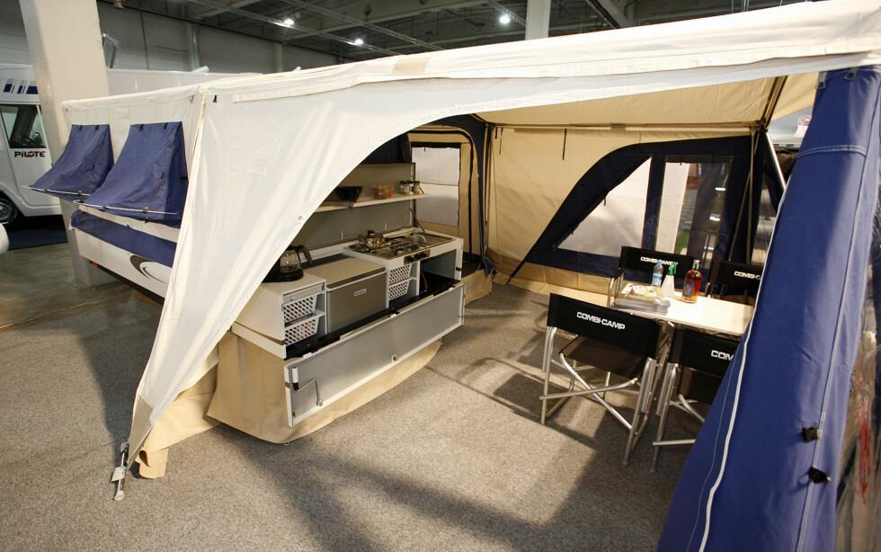 Denne avanserte teltvognen fra Combi-Camp koster rundt 60.000 kroner.
