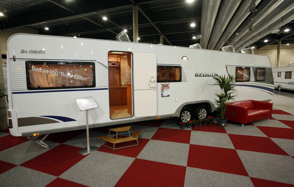 Dethleffs Beduin er 11,5 meter lang. Pris? rundt 530.000 kroner Foto: Per Ervland