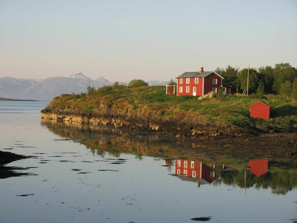 Kveldsstemning på Fårøy. Foto: Marian Lie Johansen