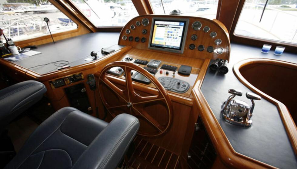Førerplass i Clipper 62. Dette er et skip. Foto: Per Ervland