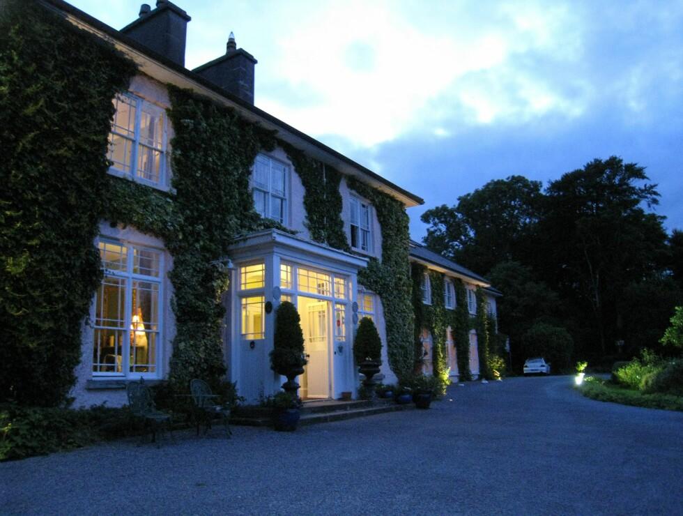 Vi overnatter på Rosleague Manor Hotel, som ligger like ved nasjonalparkens besøkssenter. Foto: Stine Okkelmo
