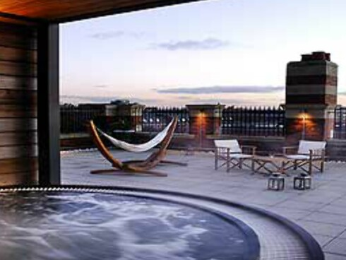 The Roof Garden, Great John Street Hotel, er en av verdens beste takbarer, ifølge The Guardian. Foto: Great John Street Hotel
