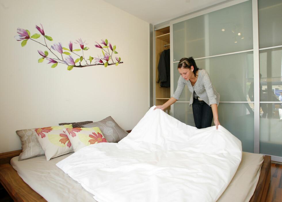 Sov søtt i SmartHouse, som kaller seg en hybrid mellom bobil og mobilt hjem. Foto: Caravan Salon Düsseldorf