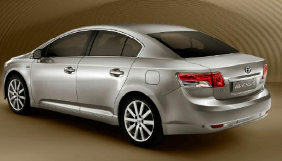 Stort bilde av ny Avensis