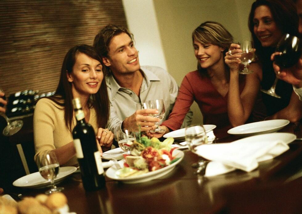 Med vår spleiselagskalkulator beholder dere den gode stemningen, også etter hytteturen. Foto: colourbox.com