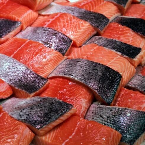 Spiser du mye fisk med Omega-3 fettsyrer, har du mindre risiko for å utvikle demens. Illustrasjonsfoto: Colourbox Foto: Colourbox