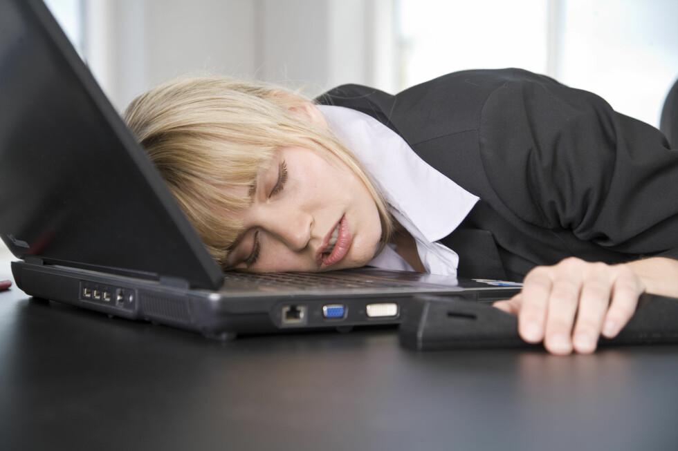 Ikke alle er like henrykt over å være tilbake på jobb etter ferien. Mange ser seg om etter noe nytt. Foto: Colourbox.com