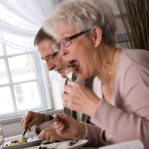 Ikke be svigers på middag altfor ofte, råder eksperten. Illustrasjonsfoto: Colourbox