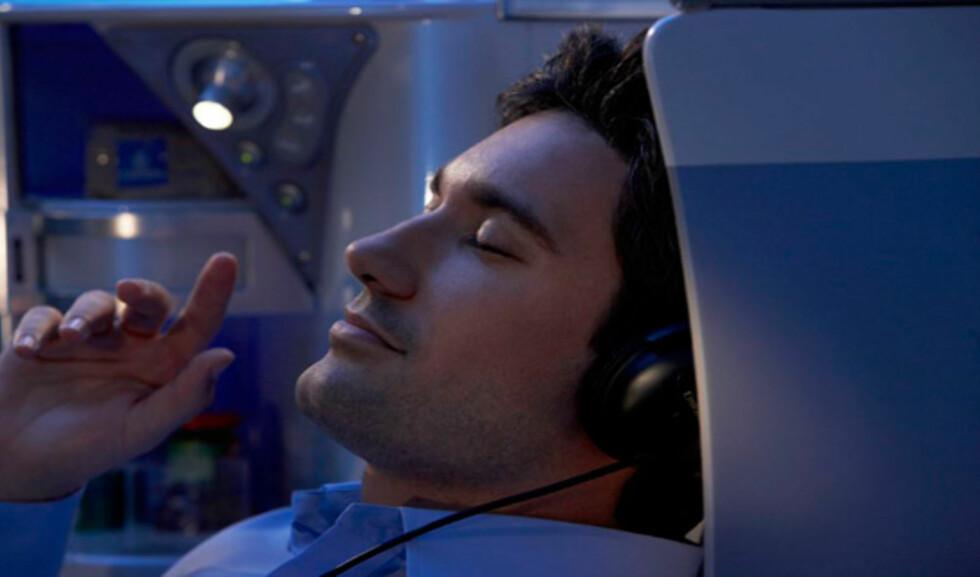 Du har hundrevis av tv-, radio- og musikkanaler å velge mellom. Foto: Emirates
