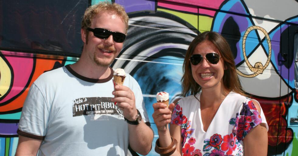 Jon og Cecilie fra ispanelet fant sin favoritt uten problemer.  Foto: Synne Hellum Marschhäuser