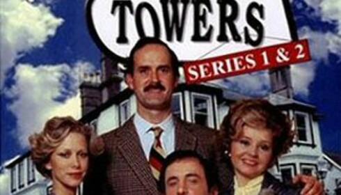 Her ser du seriens hovedpersoner - Polly, Basil, Miguel og Sybil. Foto: BBC