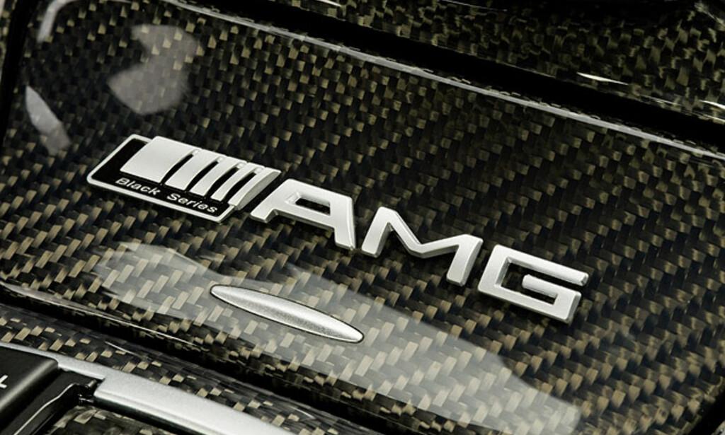 image: Detalj- og interiørbilder av SL 65 AMG Black Series