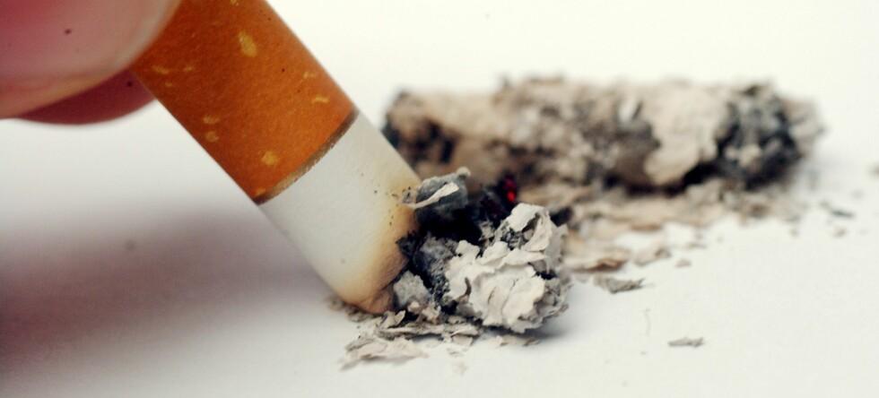 Selv om nikotin har gode kvaliteter, blir helserisikoene større ved røyking, advarer eksperter. Foto: Colourbox