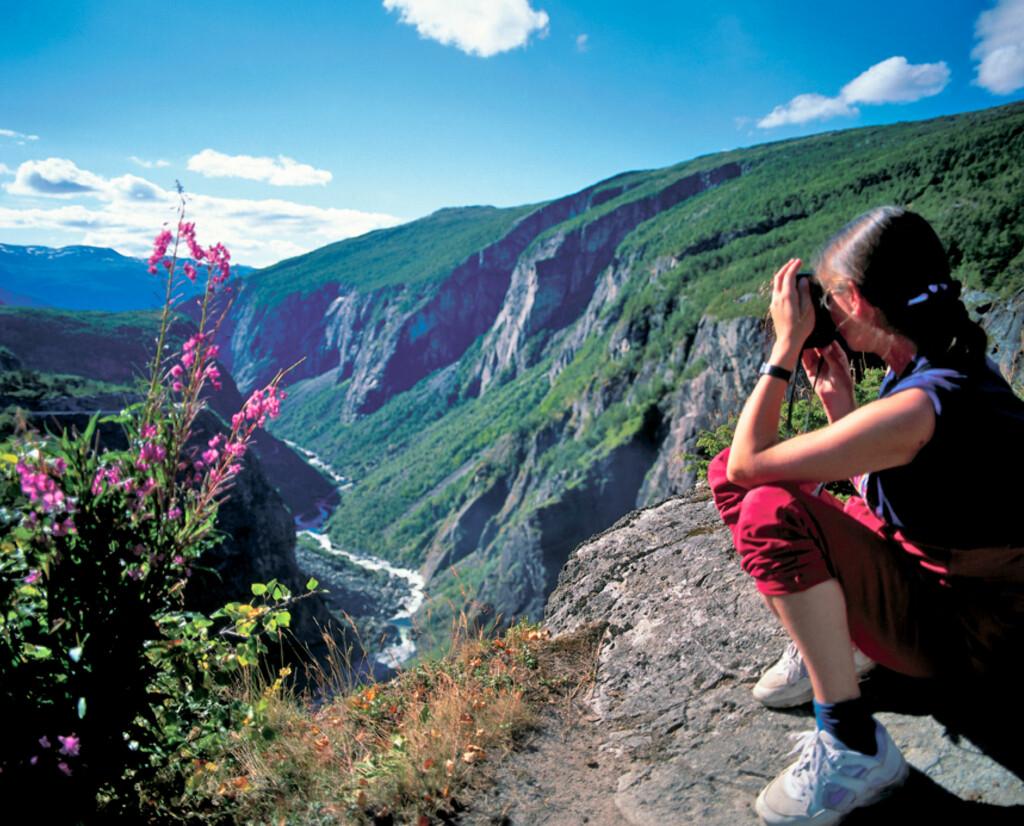 Ville og vakre Måbødalen sett fra Fossli, det fineste utsiktspunktet over dalen. Foto: Frithjof Fure Foto: Frithjof Fure