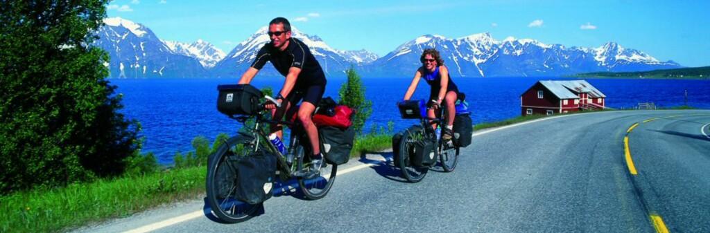Norge er fullt av vakre opplevelser langs veikanten. Det gjelder bare å vite hvor du skal dra! Her fra Lyngsalpene. <i>Foto: Frithjof Fure</i> Foto: Frithjof Fure