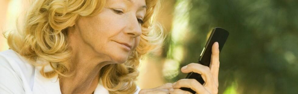 De fleste norske banker tilbyr idag sms-tjenester på lik linje med nettbank. Ha kontroll i ferien! Foto: Colourbox.com Foto: Colourbox.com