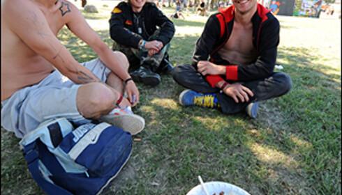 Tidlig oppe fordi sola steiker. Fv. Ben Santos, Henrik Engebretsen og Christian Eufåker. Foto: Hans Kristian Krogh-Hanssen