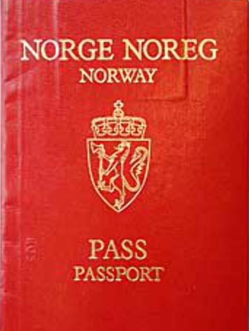 Selv om du i utgangspunktet kan reise passløst i Schengen-området, er pass det eneste godkjente norske identitetsdokumentet.