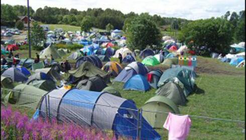 Hoves teltcamp. Litt grønnere gress her i år enn i fjor - foreløpig. Foto: Thomas Marynowski