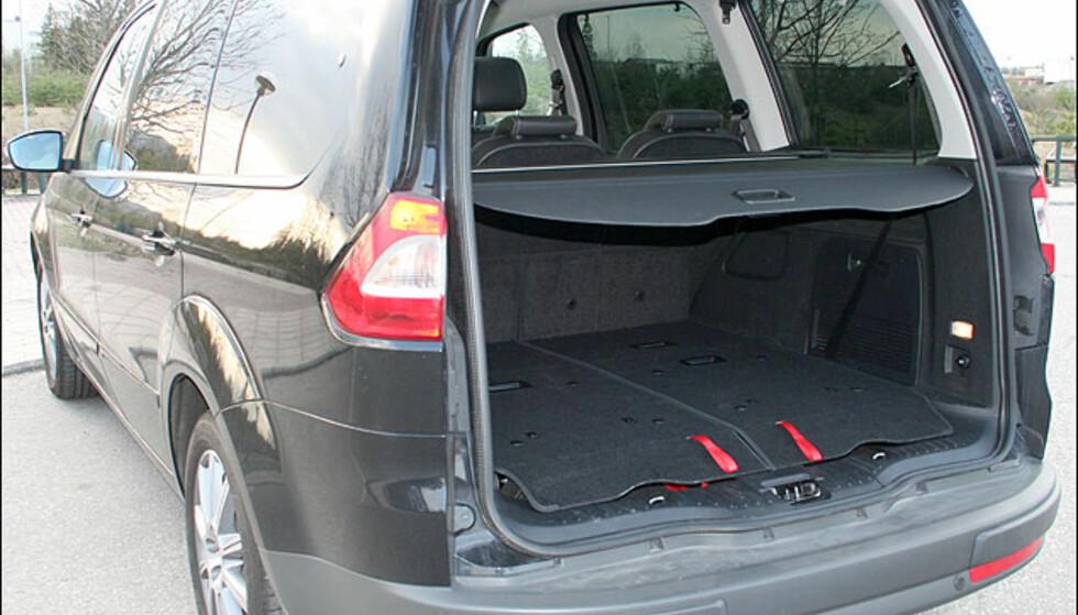 Mange mulige bagasjeromskonfigurasjoner. Her med tredje rad nedfelt.