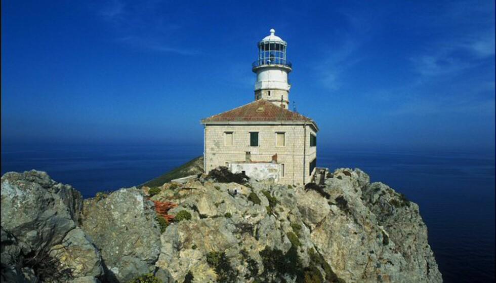 Fyrtårnet Palagruza lar deg komme tett på elementene. Foto: Lighthouses Croatia