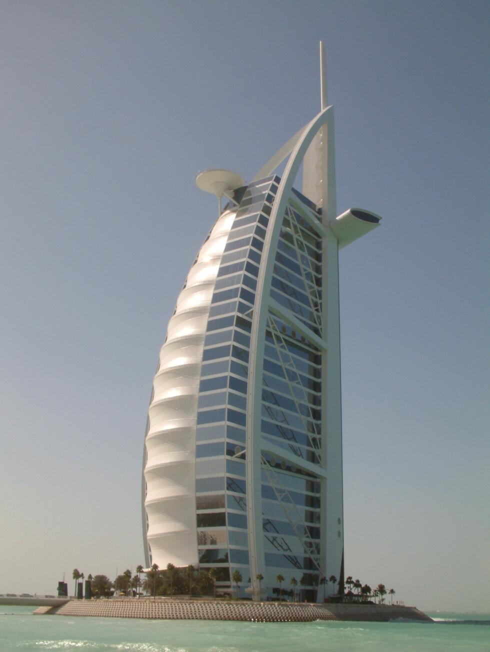 Burj Al Arab - det seilformede hotellet med syv stjerner. Foto: Pravit Nuntanasirivikrom Foto: Pravit Nuntanasirivikrom
