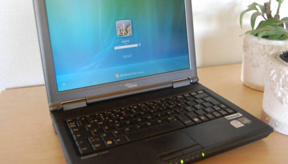 Fujitsu-Siemens Esprimo U9200
