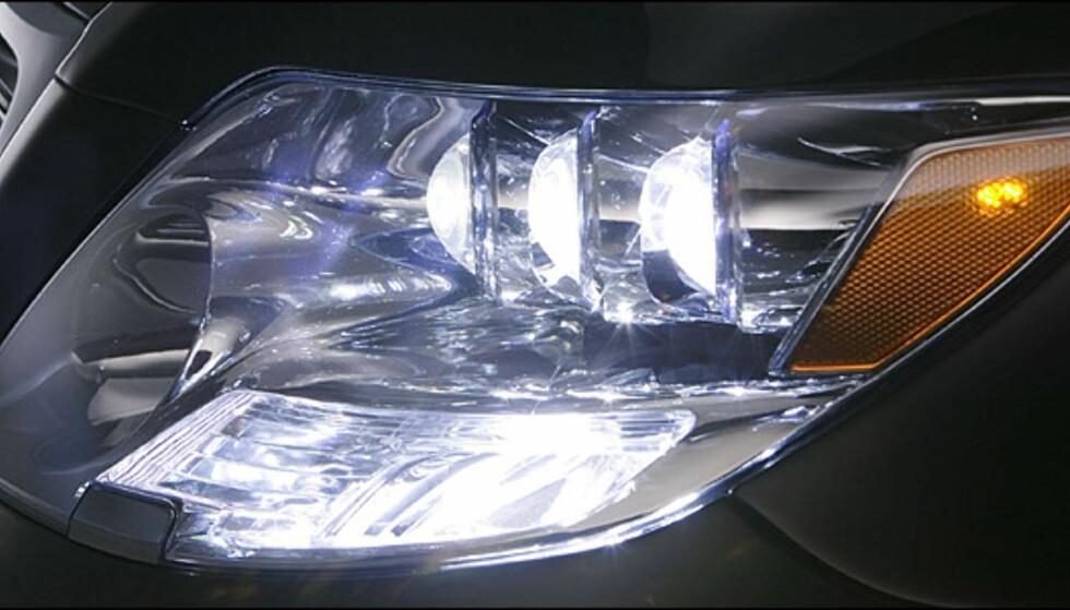 Lexus LS 600h.