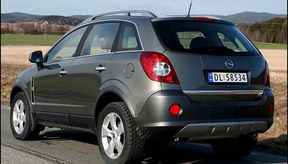 Store bilder av Opel Antara
